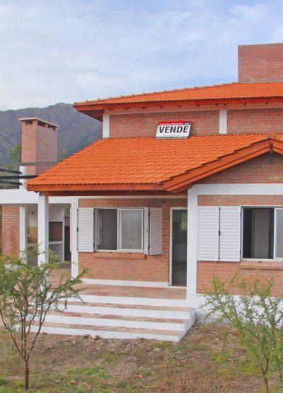 Inmobiliaria Cip Venta de casa en Carpinteria atahualpa 01
