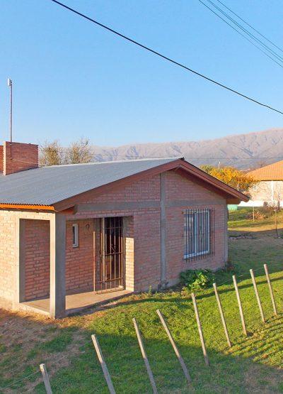 Inmobiliaria Cip Casa en Carpintería sobre calle Los Compadres (01)